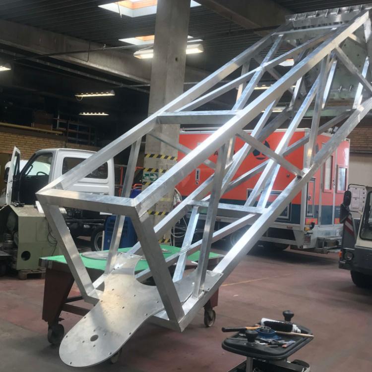 Skellet til prototype lavet hos Star Industri i vores værksted med højt til loftet, lavet med masser af aluminiumssvejsning