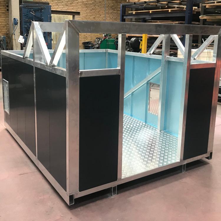 Ladkasse til speciel lastbil udført i alu profiler der vise at Star Industri også behersker aluminiumssvejsning