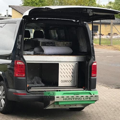 Jagt tilbehør til bilen i laserskåret bukket rustfristål designet og fremstillet hos Star Industri Lige klar til bukke jagten