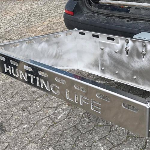 Jagt tilbehør til bilen i laserskåret bukket rustfristål designet og fremstillet hos Star Industri